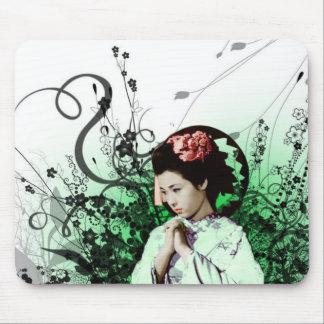 Julzips - Geisha Mouse Pad