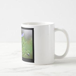 Just a flower – Blue flower 002 Mugs