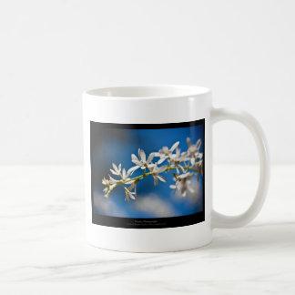 Just a flower – White flower 004 Mug