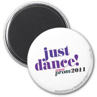 Just Dance - Purple 6 Cm Round Magnet