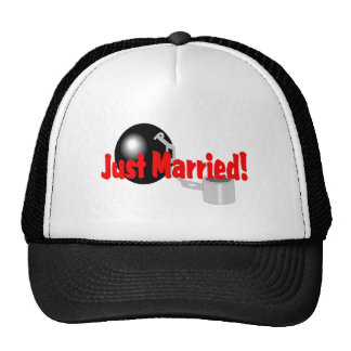 Just Married Ball and Chain Mesh Hat