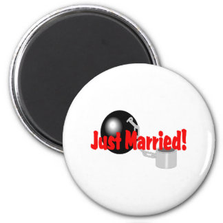 Just Married Ball and Chain Magnets