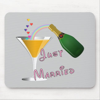 Just Married Champagne Wedding Toast Mouse Pad