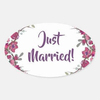 Just married elegant purple floral petals Wedding Oval Sticker