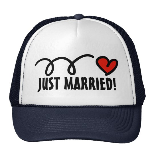 Just Married! hats with funny heart design