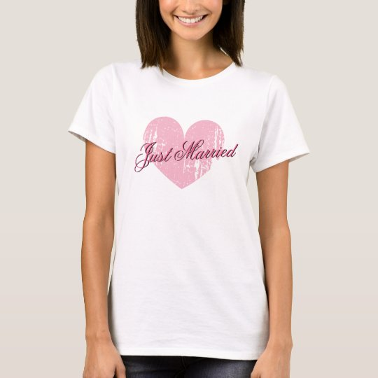 Just married heart t shirt for bride