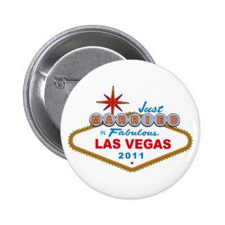 Just Married In Fabulous Las Vegas 2011 6 Cm Round Badge