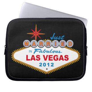 Just Married In Fabulous Las Vegas 2012 Vegas Sign Computer Sleeves