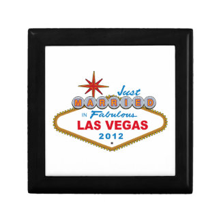 Just Married In Fabulous Las Vegas 2012 Vegas Sign Small Square Gift Box