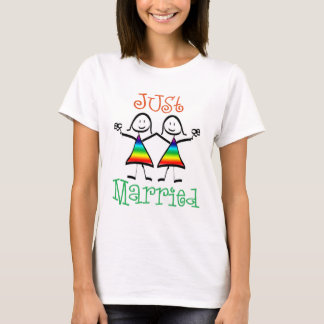 Just Married Lesbian Wedding T-shirt