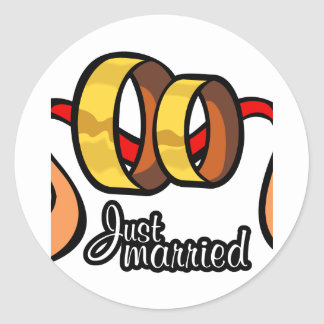 Just Married Round Sticker