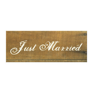 Just Married Vintage Inspired Old Wooden Sign Canvas Print