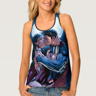 Justice League #12 Wonder Woman & Superman Kiss Tank Top