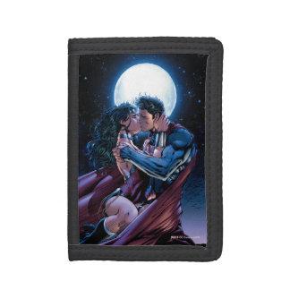 Justice League #12 Wonder Woman & Superman Kiss Trifold Wallet