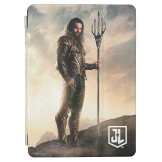 Justice League | Aquaman On Battlefield iPad Air Cover