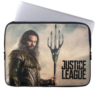 Justice League | Aquaman On Battlefield Laptop Sleeve