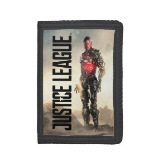 Justice League | Cyborg On Battlefield Trifold Wallets