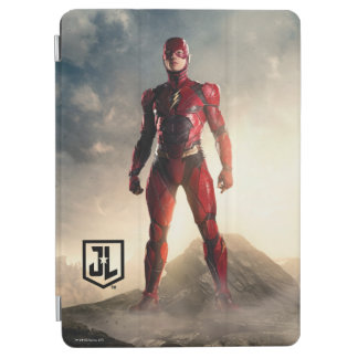 Justice League | The Flash On Battlefield iPad Air Cover