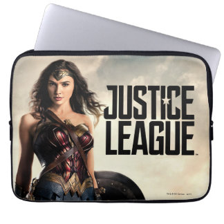 Justice League | Wonder Woman On Battlefield Laptop Sleeve