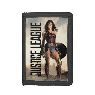 Justice League | Wonder Woman On Battlefield Tri-fold Wallets