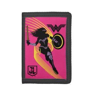 Justice League | Wonder Woman Silhouette Icon Tri-fold Wallet