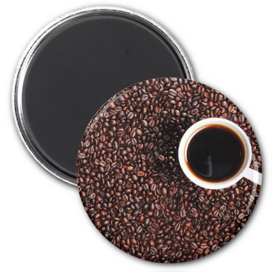 Kaffebohnen with coffee cup 6 cm round magnet