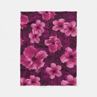 Kalalau Tapa Tropical Hawaiian Hibiscus Fleece Blanket