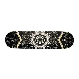 Kaleidoscope Gothic 21.6 Cm Skateboard Deck