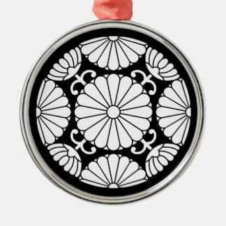 Kan-in chrysanthemum Silver-Colored round decoration