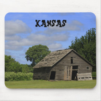 Kansas Old Barn Mouse Pad