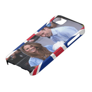 Kate & William Holding Newborn Son iPhone 5 Case