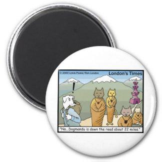 Katmandu Dogmandu Dog Vs Cat Funny Gifts & Tees 6 Cm Round Magnet