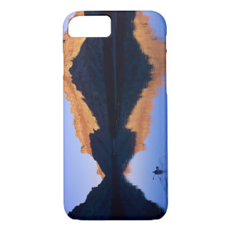 Kayaking on the Colorado River in Spanish iPhone 8/7 Case