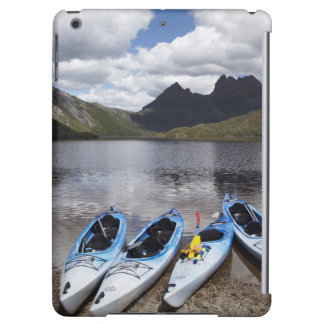 Kayaks, Cradle Mountain and Dove Lake, Cradle