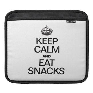 KEEP CALM AND EAT SNACKS iPad SLEEVES