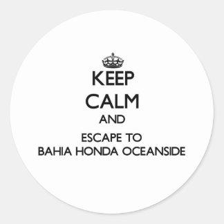 Keep calm and escape to Bahia Honda Oceanside Flor Round Sticker