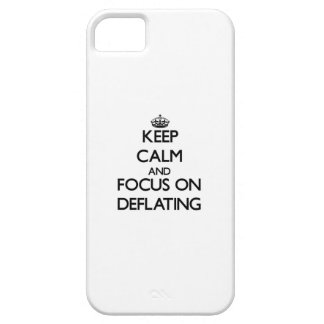 Keep Calm and focus on Deflating iPhone 5 Cover