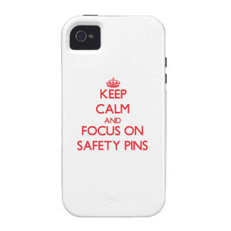 Keep Calm and focus on Safety Pins iPhone 4/4S Cover