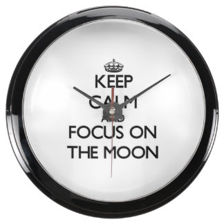 Keep Calm and focus on The Moon Fish Tank Clock