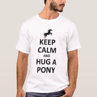 Keep calm and hug a Pony T-Shirt