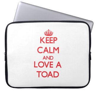Keep calm and Love a Toad Laptop Sleeves