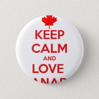 KEEP CALM AND LOVE CANADA 6 CM ROUND BADGE