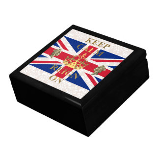 Keep calm and reign on gift box