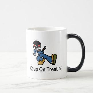 Keep on Treatin' Mug
