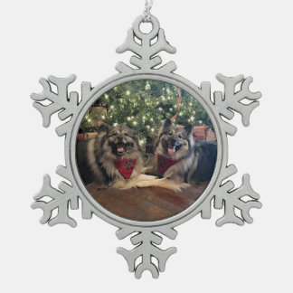 Keeshond with Christmas Tree Pewter Snowflake Decoration