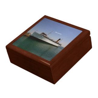 Keewatin keepsake box