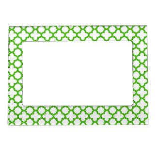 Kelly Green Quatrefoil Pattern Picture Frame Magnet
