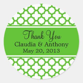 Kelly Green Quatrefoil Pattern Wedding Thank You Round Sticker