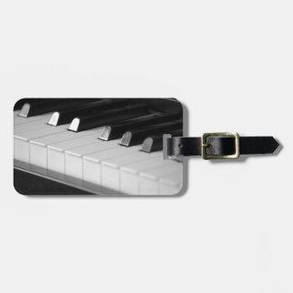 Keyboard luggage tag