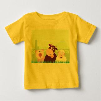 Kids t-shirt with Farm animals cute